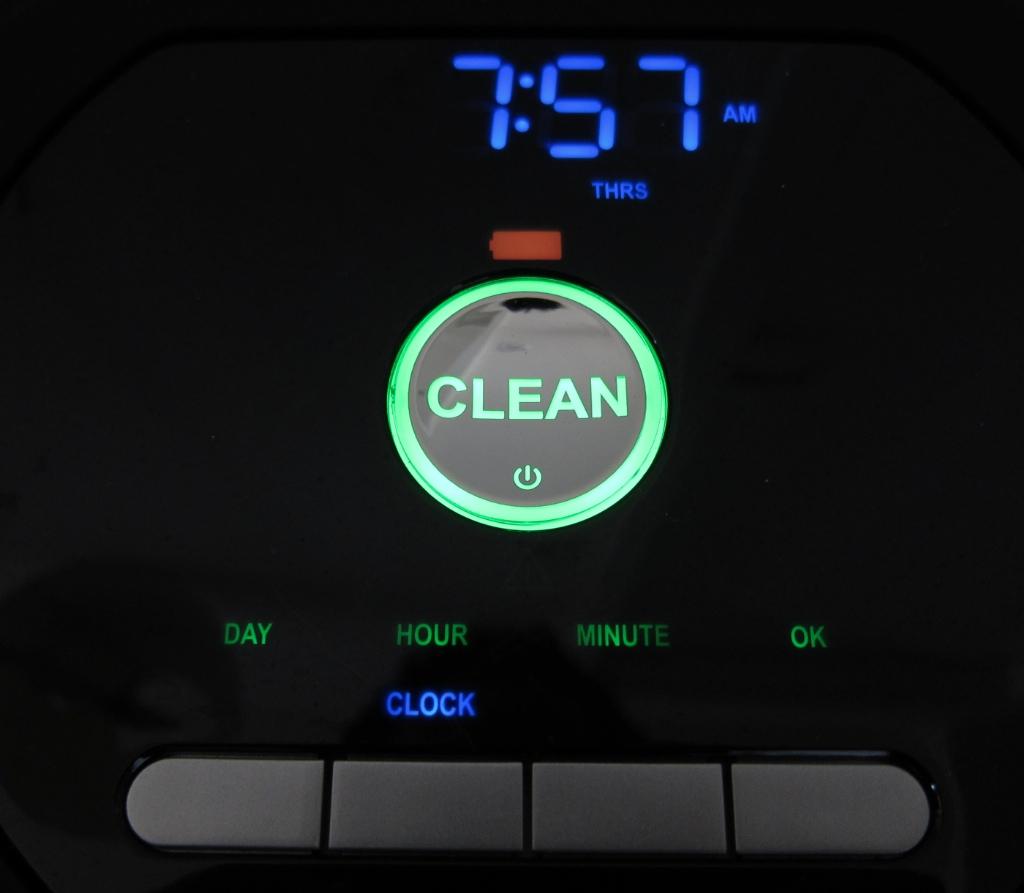iRobot Roomba 770 Robotic Vacuum Cleaner clock