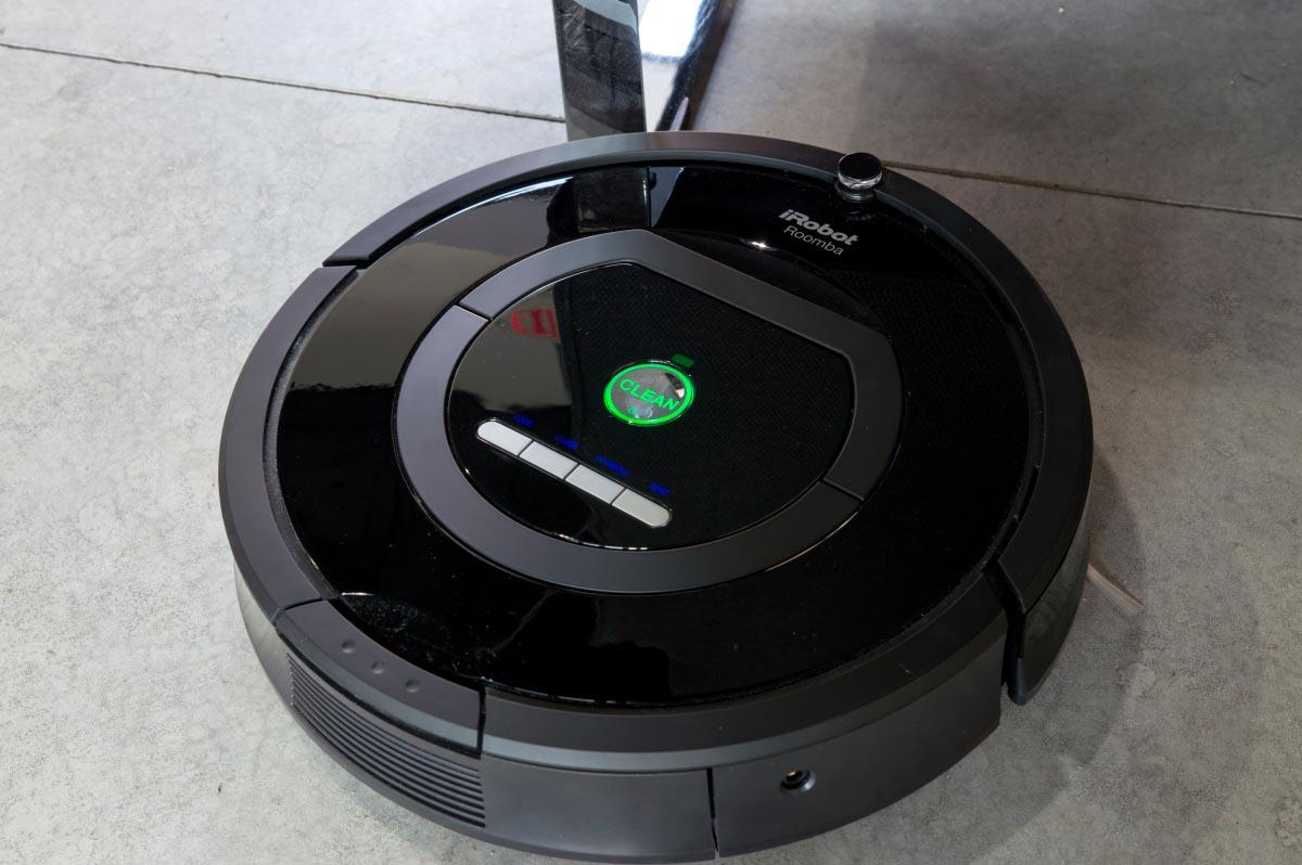 iRobot Roomba 770 Robotic Vacuum Cleaner in use