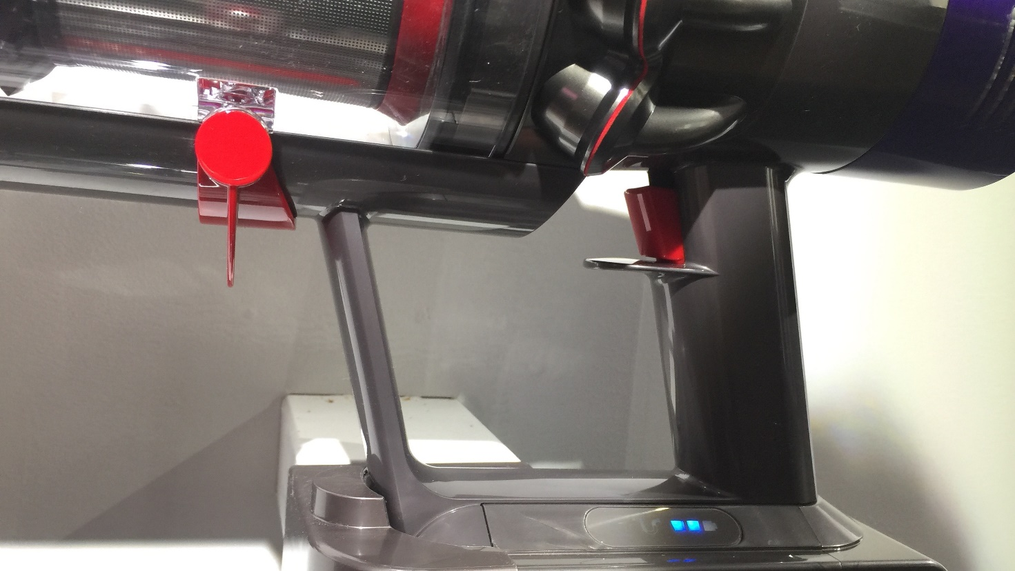 Dyson Cyclone V10 Absolute trigger